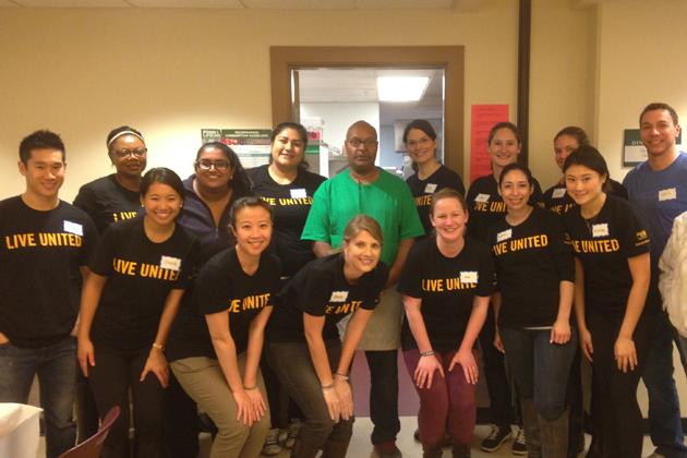 Emerging Leader volunteers at Angeline's